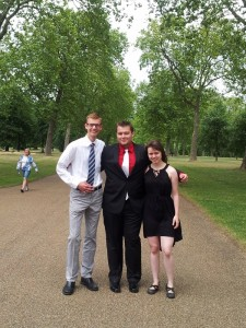 The Canadians with a final walk though Hyde Park before our afternoon lecture! Looking sharp for Closing Ceremonies!