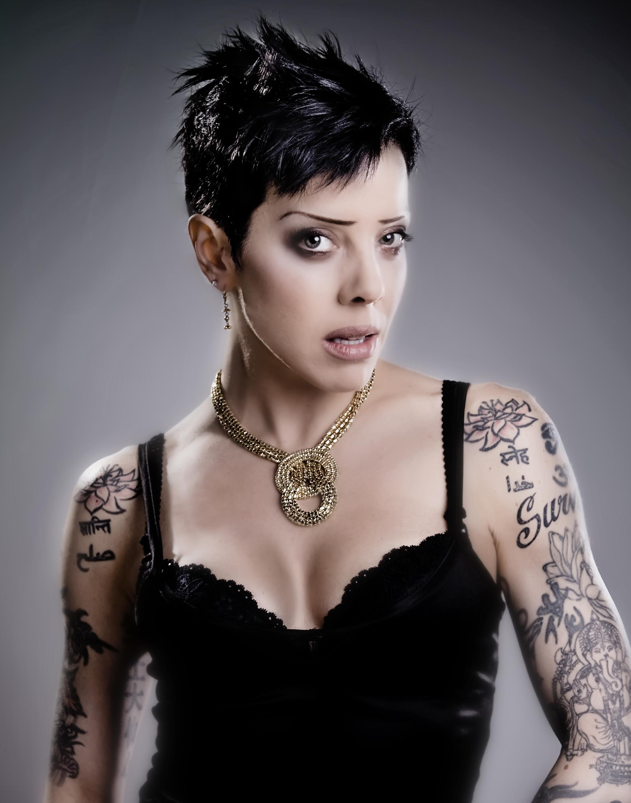 bif naked height