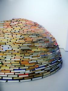 English blog book sculpture