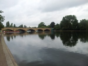 This morning I went for a run in Hyde Park. The scenery is beautiful!